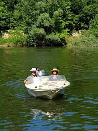 Balade en duo ou à quatre en bateau vintage sur le Tarn avec Albi Croisieres.